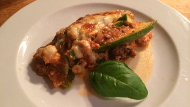 Leckere Low-Carb Lasagne mit Zucchini