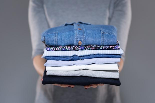 Saubere Kleidung verstauen